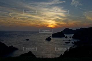 伊豆石廊崎海に沈む美しい夕陽の写真・画像素材[3440147]