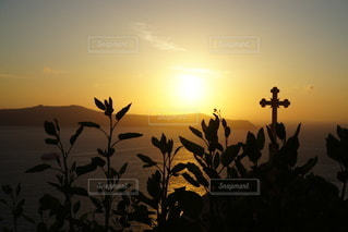 海に沈む美しい夕陽 サントリーアイランド ギリシャの写真・画像素材[3441488]