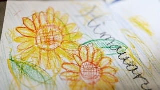 緑,ひまわり,黄色,ペン,紙,おえかき,画用紙,おうち時間