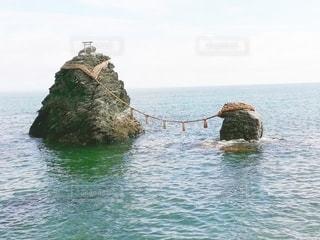 海の隣にある水の体の写真・画像素材[3556322]