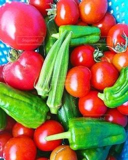 果物と野菜のボウルの写真・画像素材[3733184]