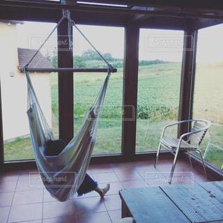 Relax on a hammockの写真・画像素材[3137458]