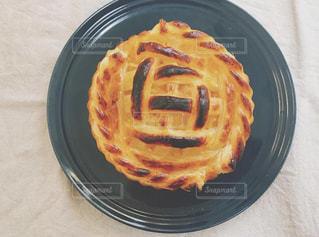 皿の上に食べ物の鍋の写真・画像素材[3200320]