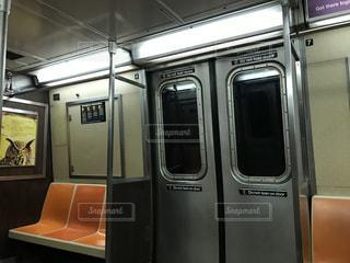 屋内,ドア,地下鉄,鉄道,車両,座席