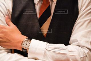 スーツとネクタイを着た男の写真・画像素材[4221984]