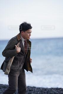 スーツを着た男性の写真・画像素材[4221986]