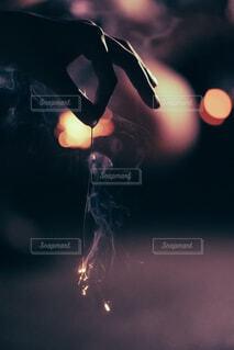 線香花火の写真・画像素材[4415272]