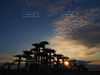 夕陽と展望台の写真・画像素材[3159655]