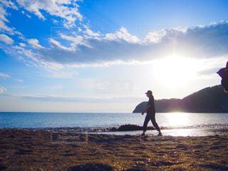 海岸散歩の写真・画像素材[3172289]