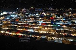 夜景,アジア,旅行,タイ,夜市,バンコク,ナイトマーケット,鉄道市場