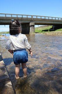 自然,空,夏,橋,屋外,川,水面,少女,樹木,人,草木