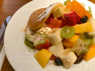 フルーツパンケーキの写真・画像素材[3172044]