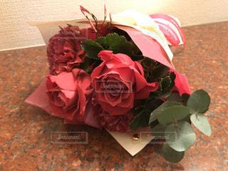 母の日の花束の写真・画像素材[3192601]