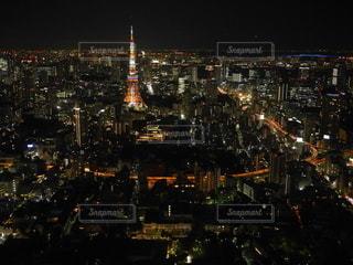 夜の都市の眺めの写真・画像素材[3340329]