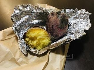 焼き芋の写真・画像素材[3711104]