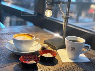 カフェ,コーヒー,テーブル,マグカップ,食器,カップ,ドリンク,コーヒー カップ