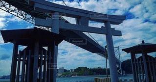 空,橋,屋外,神社,青,鳥居,日中,関門橋
