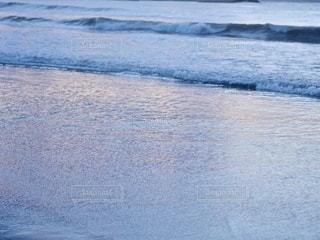朝焼けと海の写真・画像素材[3552177]