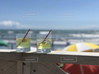 空,夏,ビーチ,水面,ガラス,ドリンク,木目,眺め,#ビーチ,ソフトド リンク