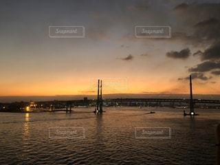 風景,空,橋,屋外,夕暮れ,船,水面,旅行,船上