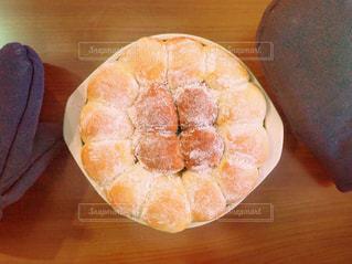 焼き立てちぎりパンの写真・画像素材[3270070]