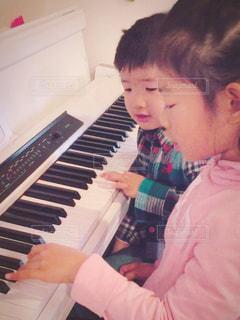 ピアノの練習の写真・画像素材[3201503]