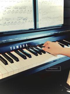 ピアノのクローズアップの写真・画像素材[3211628]