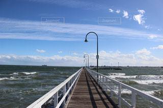 桟橋と海の写真・画像素材[3167875]