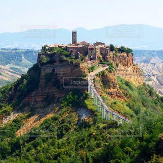 自然,風景,山,丘,イタリア,谷,滅びゆく街,チビタデバニョレージョ