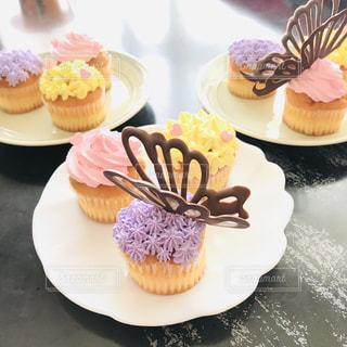 食べ物,スイーツ,ケーキ,クリーム,デザート,テーブル,カップケーキ,チョコレート,甘い,おいしい,マフィン,デコレーション,ベーキング,カップケーキデコ