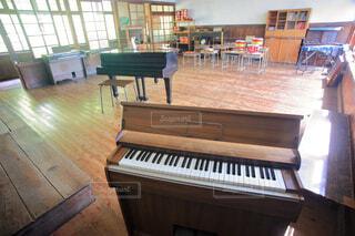 木造校舎の音楽室の写真・画像素材[4623276]