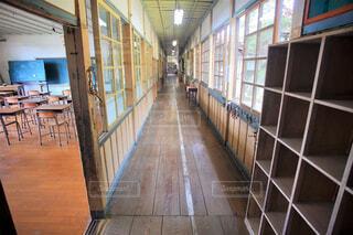 木造校舎 廊下の写真・画像素材[4623304]