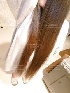 自撮り,ロングヘア,髪,屋内,カツラ,髪の毛,ロング,長い,長髪,かつら