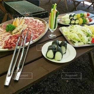 食べ物,食事,屋外,テーブル,野菜,皿,料理,バーベキュー,BBQ