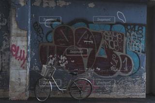 自転車,屋外,駐車場,アート,台湾,台北,スナップ,路地裏,落書き,車両,ホイール