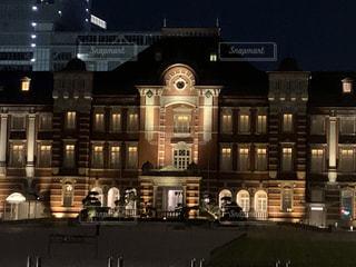 建物,夜景,東京駅,都会,ライトアップ,駅舎