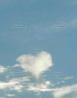 空,LOVE,屋外,雲,ハート,幸せ,小さな幸せ,日中