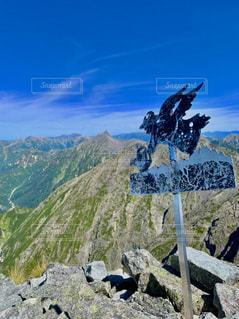 自然,風景,空,山,岩,岩壁の上に舞う天使
