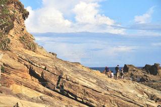 犬吠埼の海岸を散歩する家族の写真・画像素材[3283447]