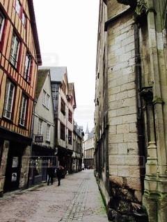 風景,空,建物,屋外,窓,ヨーロッパ,田舎,家,道,旅行,フランス,歩道,石,通り,人が少ない