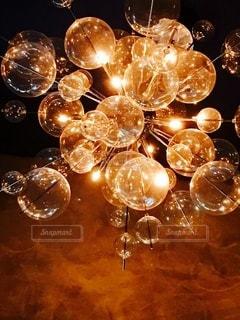 カフェ,屋内,かわいい,きれい,電球,ライト,ガラス,光,電気,キャンドル,ライトアップ,丸,照明,丸い,ゴールド,おしゃれ,キレイ