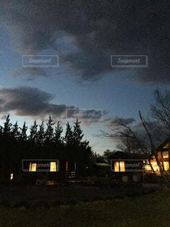 空,夜,雲,夕暮れ,明かり,キャンプ場