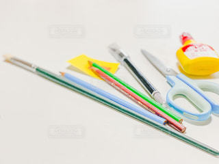 屋内,鮮やか,はさみ,ペン,未来,デザイン,ツール,明るい,文房具,鉛筆,ものづくり,創作,筆記用具,物作り