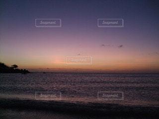夕日のグラデーションの写真・画像素材[3395192]