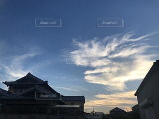 空,建物,屋外,雲,青