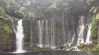 自然,森林,屋外,緑,水面,滝,マイナスイオン,白糸の滝,シブキ