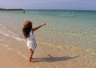 自然,風景,海,空,夏,屋外,ビーチ,青空,砂浜,海岸,子供,少女,人,リゾート