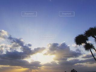 空の雲の写真・画像素材[3274680]