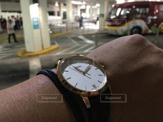時計の真ん中にある時計の写真・画像素材[3784361]