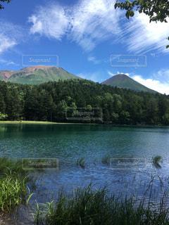 自然,空,夏,屋外,湖,雲,水面,北海道,山,景色,ドライブ,国立公園,阿寒,オンネトー